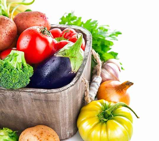 ernæring - grønnsaker i en kurv